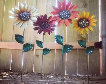 Metal Flower Garden Stake,  Metal Sunflower Garden Art,  Metal Garden Decor,  Sunflower Yard Decoration, Fall Season Sunflowers