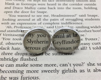 Re-cycled Harry Potter book glass cufflinks. Gryffindor/Slytherin