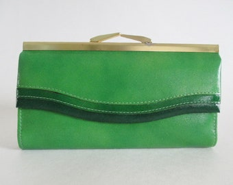 Green Leather Wallet Buxton Vintage Brass Kiss Clasp Made in Canada