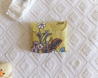 Changing Pad and Diaper bag happy flowers