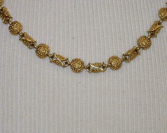 Vintage Goldtone Necklace by PD
