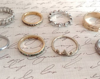 8 assorted ring lot