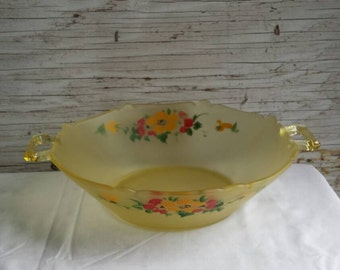 Vintage 1940s Hand Painted Vaseline Glass Bowl.  This would make a very nice Valentines Day Gift.