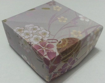 Origami Masu Gift Boxes - Lovely Floral series with Traditional Japanese Purple Sakura pattern