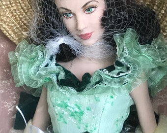 Mint Scarlett O' Hara Doll with two collectible outfits