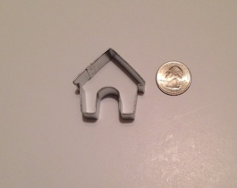 "1.5"" Mini Dog House Cookie Cutter"
