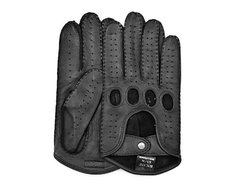 Handsewn Leather Driving Gloves in Black for Man