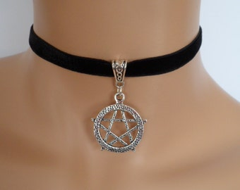 pentagram choker, black velvet choker, stretch ribbon, pagan necklace, wicca necklace, silver pentagram