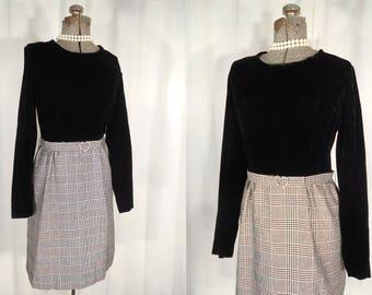 Vintage 1960s Dress   Black Silver Fitted Mod Dress   60s Twiggy Mini Dress   Velvet Dress with Rhinestone Buckle