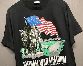 M thin vtg 80s/90s Vietnam War Memorial t shirt