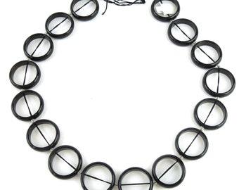 Black Agate Rings, 25mm, strand