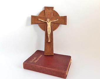 Christian Crucifix, Vintage 1940s Jesus of Nazareth Wall Cross Crucifix, Spiritual Religious Icon