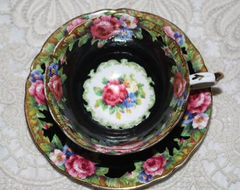 Vintage Paragon Tapestry Rose Vintage Teacup and Saucer in Black c1939-1949 Pink Roses English Garden Bone China England RARE