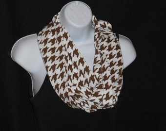 Houndstooth Carafe Brown Infinity Scarf