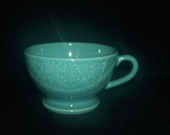 Matceramica Green Handled Soup Bowl Embossed Lace Portugal