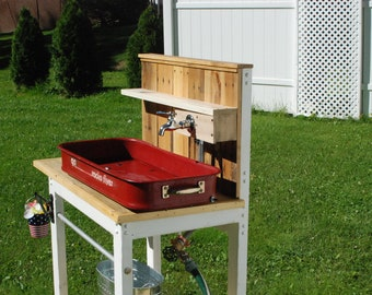 Radio Flyer Potting Bench with Hose Connections