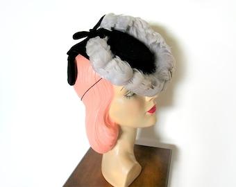 Vintage 1940's Black Wool Tilt Topper Hat w/Feathers~ New York Creation