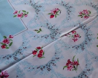 Floral Lacey Frames Print Tablecloth Light Blue Center