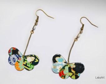 Set of Japanese paper Princess Kurodo クラウド earrings. Keshi