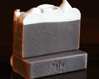 Frosted Gingerbread Cookie - Gingerbread - Cinnamon - Butter - Handmade Soap Cold Process