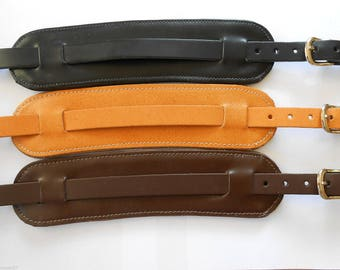 UK MADE Padded Genuine  Leather Electric,Acoustic or Bass Vintage Style Adjustable Guitar Strap - Black, Brown or Tan