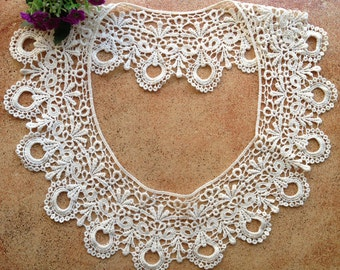 Beige Crochet Collar Necklace Apparel Appliques, Sewing Embellishment 1 Pcs