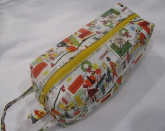 Retro Christmas - Surprise embroidery Inside - Cosmetic Bag Makeup Bag LARGE