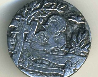 Antique Button Daydreaming Story, Medium