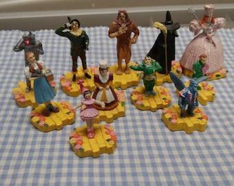 Wizard of Oz Warner Brothers Miniatures-set of 11 pieces