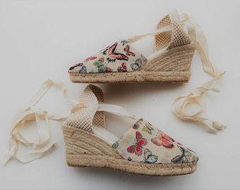 Lace-up espadrille wedges - TAPESTRY COLLECTION - made in spain - www.mumicospain.com