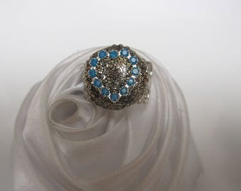 ring Crystal rhinestones and gold glitter heart