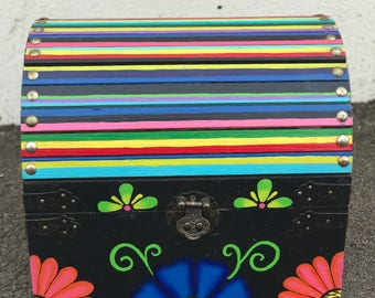 La Catrinita Crafts: Day of the Dead/ Dia de los Muertos Treasure Box