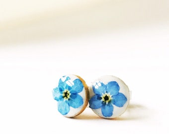 Pressed blue forget-me-not round circle post earrings