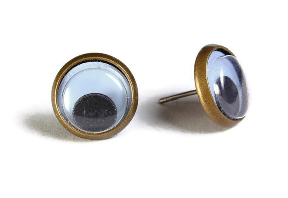 Black google eyes hypoallergenic stud earrings (496)