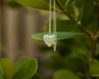 Heart Necklace - Glow in the dark Necklace