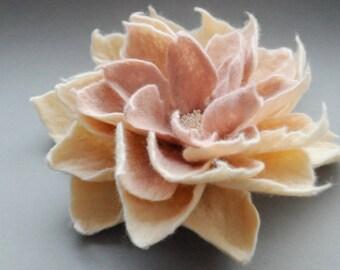 Felted Flower Brooch, Felt Flower Brooch, Jasmine Cream Blush Pink Felt Flower Brooch