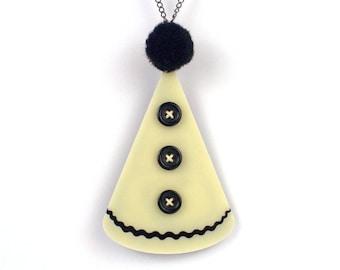 Pierrot Hat Necklace