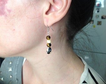 Natural seeds and stones earrings