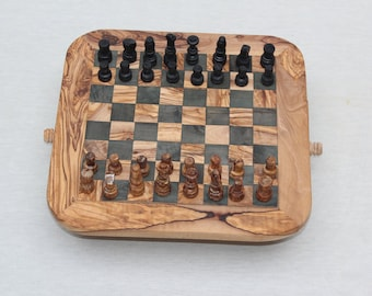 Round Corner Olive Wood Chess set with with 32 Chess pieces