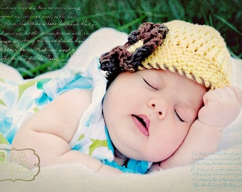 Crochet Newborn Hat--Creamy Yellow with Brown Flower