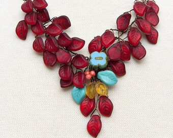 Red Statement Necklace, Turquoise Red Bib Necklace, Leaf Necklace, Red Floral Jewelry, Red Beaded Necklace, Nature Jewelry,