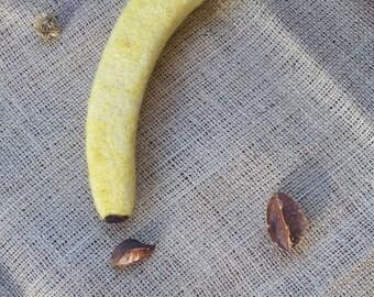 Yellow Wool Needle Felted Banana,Needle Felt Waldorf Party Favor