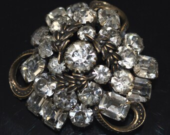 Schreiner Rhinestone Brooch Pin High Domed Large Vintage 1950s Jewelry