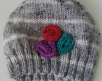 Women's hat with flowers