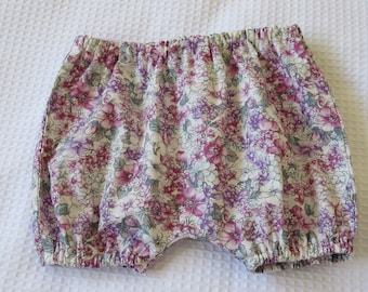 Baby bloomers- Floral bloomers  -Newborn bloomers-Baby summer shorts-Baby bloomers 0-3 months-Floral bloomers