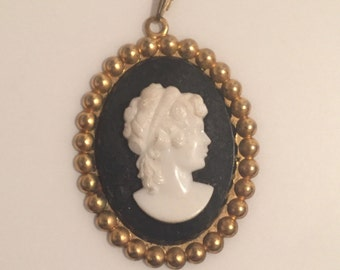 x Large Vintage Black White and Goldtone Oval Cameo Pendant (#2)
