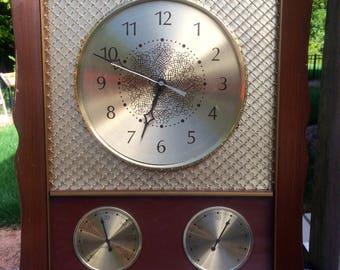 Swanky Gold Clock