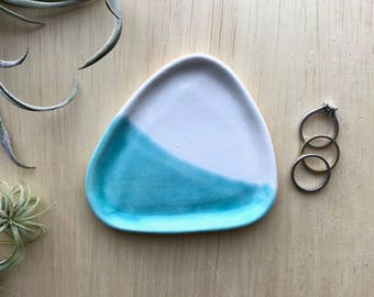 Trinket Dish Tray, Jewelry Holder, Triangle Ceramic Dish, Turquoise Decor, Modern Jewelry Catchall, Minimal Ring Dish, Colorblock Decor