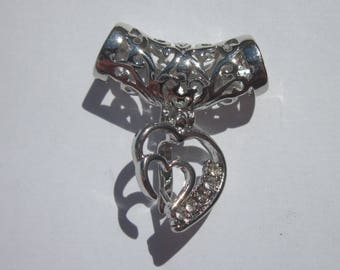 heart pendant in silver and rhinestone 25x29mm (34)
