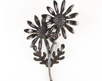 Vintage Black Daisy Brooch, Metal and Enamel